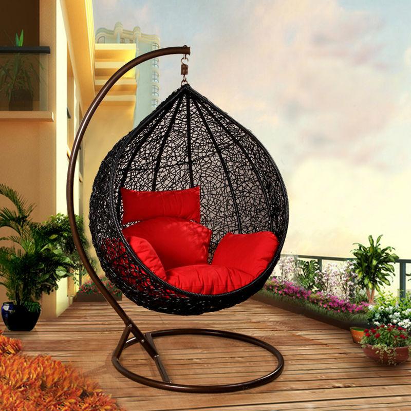 Подвесные кресла и качели