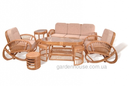 Комплект мебели из натурального ротанга для отдыха