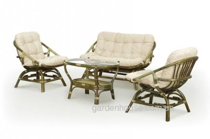 Набор плетеной ротанговой мебели для отдыха