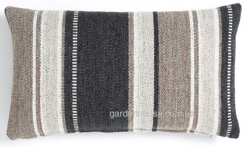 Подушка жаккардовая прямоугольная Nicam 30x50 см в ассортименте