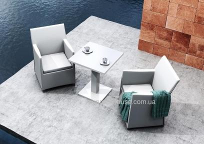Комплект садовой мебели: стол Vigo и два кресла Merida