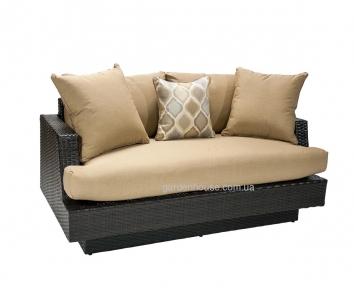 Двухместный садовый диван Stella из техноротанга с большими подушками